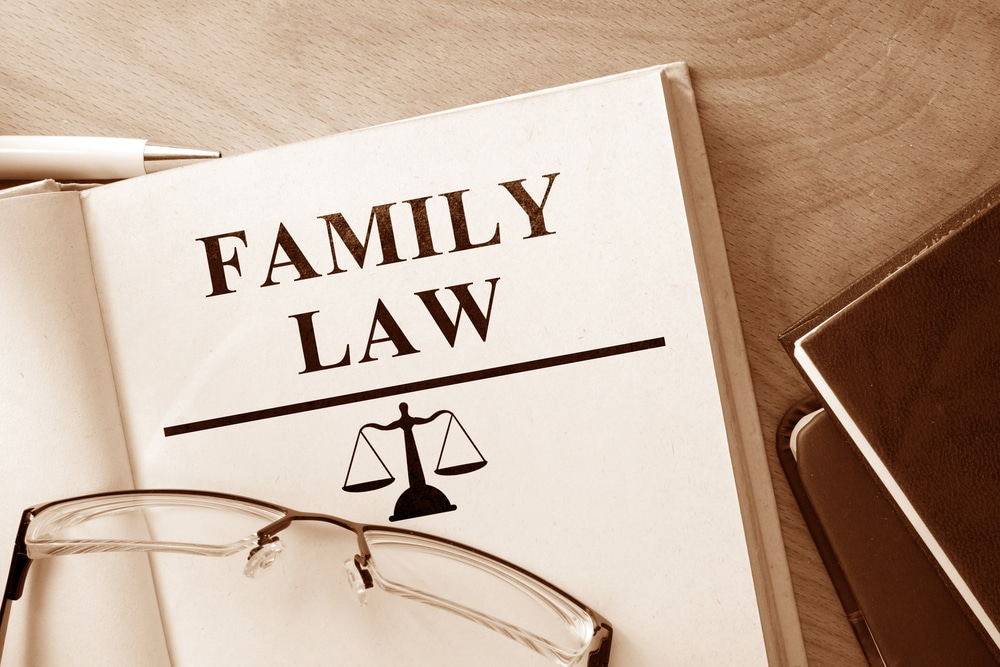 How do I choose a family law attorney?
